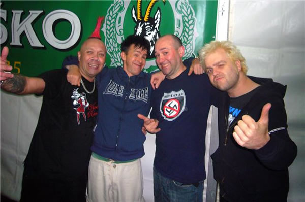 http://www.thetoydolls.com/archive/arch_updates/2009/august/exploited.jpg